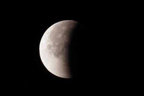 皆既月食終了から約45分後