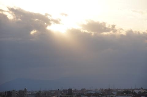 雲かかる富士山