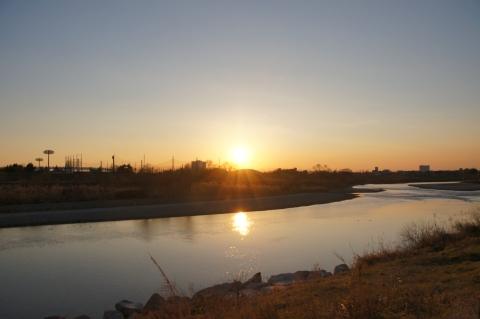 多摩川の川原にて