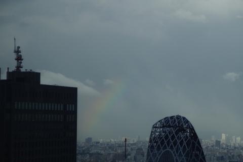 反対側の虹