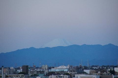 日の出直後の富士山