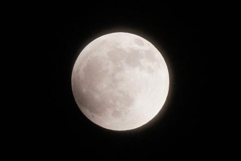月食開始直前