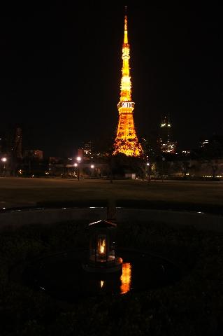 平和の灯と東京タワー