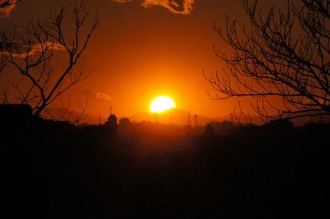 箱根に落ちる夕日