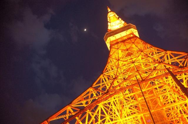 東京タワーと木星と上弦の月