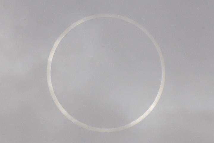 金環日食・トリミング