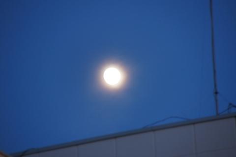 悠真撮影:十三夜の月
