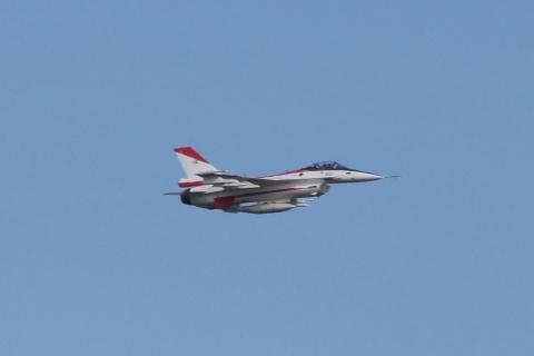 F-2の急上昇