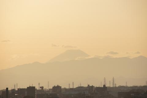 多摩川浅間神社から富士山