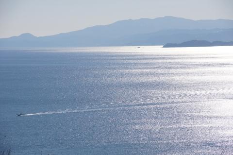 相模湾と船