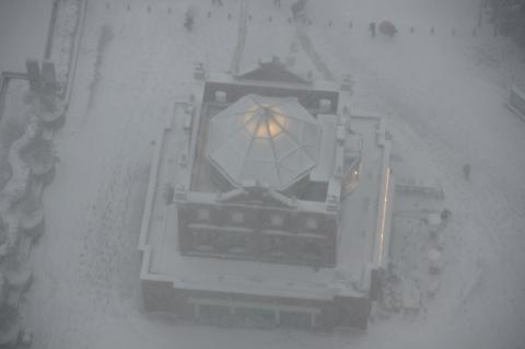 雪のエントランスパビリオン