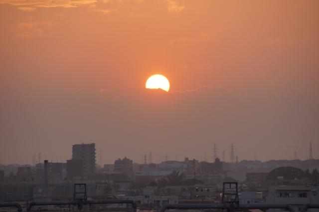 富士山にかかる太陽