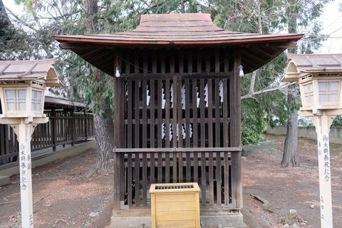 境内八雲神社