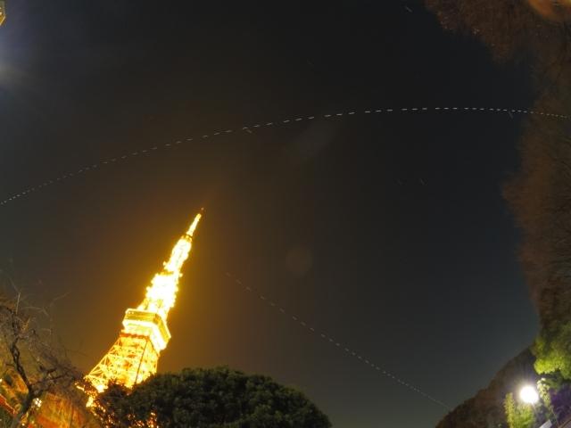 東京タワーと国際宇宙ステーション