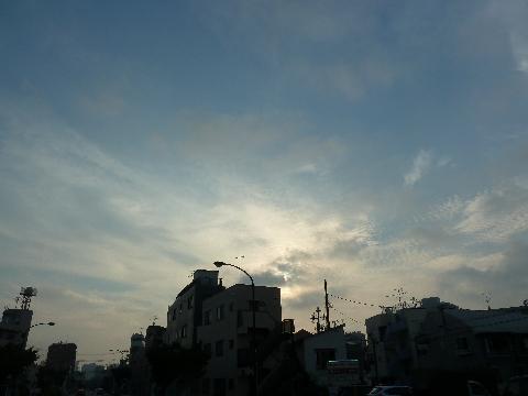 広がる秋の雲