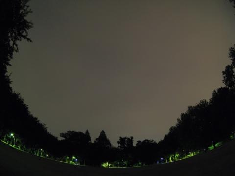 曇り空でISS見えず