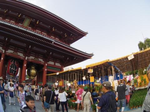 ほおずき市の浅草寺
