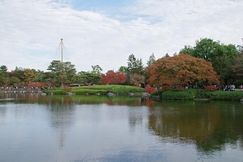 回遊式庭園の紅葉2
