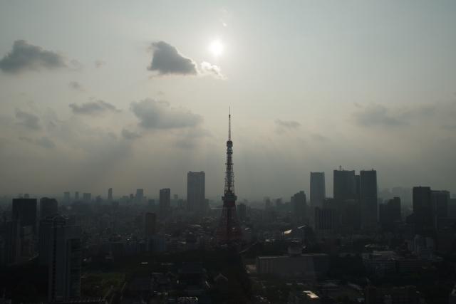 東京タワーと天使の梯子